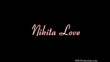 Nikita Love - Smoking Fetish at Dragginladies 84 sec