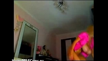 MILF with enormous boobs on cam - hornymilfcams.eu