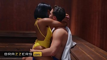 Real Wife Stories - (Desiree Dulce, Jenna Foxx, Seth Gamble) - Turning Up The Heat - Brazzers