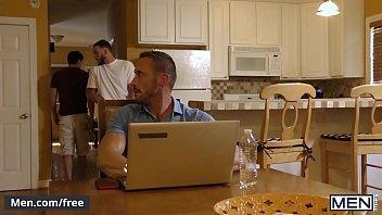 (Myles Landon, Damien Kyle, Cliff Jensen) - Coffee Time - Men.com 11分钟