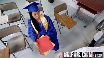 Mofos - Mofos B Sides - Piledriver for Student Hottie starring  Vivianna Mulino thumbnail