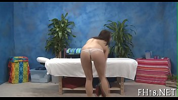 Hawt and horny 18 year old whore 5分钟