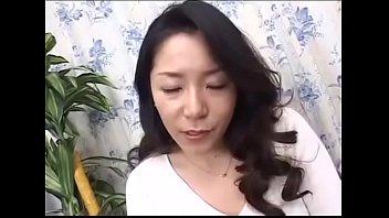 AWD-51 Ayane Asakura 35-year-old Mother with son thumbnail