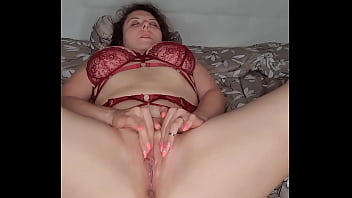 Lady in Sexy Lingerie Has Orgasm from Passionate Fingering