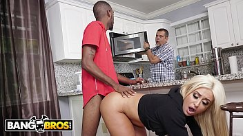 BANGBROS - PAWG Brandi Bae Loves Her Father's Friends, Especially The Black Ones porno izle
