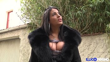 Double ee boobs Chubby sarah renoue avec la sodomie, en double penetration full video