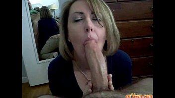 Wife give blowjob - 69VClub.Com