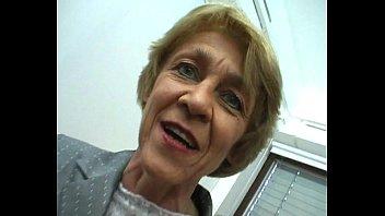 Oma macht gern Sextreffen - German Granny likes livedates
