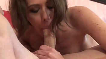 KENDRA SPADE KNOWS HOW TO PLEASE STEPBROTHER ON CAMERA