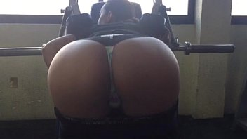 Tanga girl torture strip Gym culote de fuera