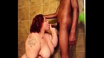 Queen Marie Gets Dicked Down In The Shower 6 min