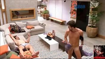 Campus gay lesbian off reality - Big brother brasil - bbb - rafael fica pelado e mostra o pau, pinto, pênis