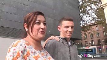 Money-Needing 48Yo Mature Teacher Fucks Her 18Yo Student On Her Free Day!