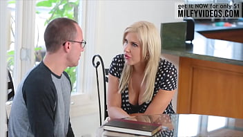 Step Mom Emma Hix Helps Her Son With The Blow Job And Licking