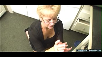 Spex mature cougar stroking hard dick