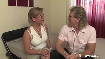 Amateur mature old Germans love to 69 and fuck on camera 6 min