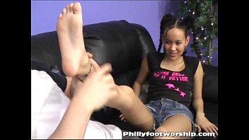 Asian Girl Foot Worship at Phillyfootworship.com 3分钟