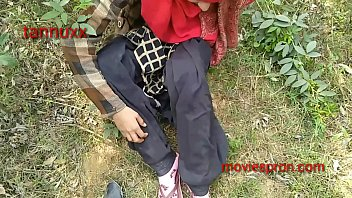 Teen girlfriend outdoor fuck khat mi hord fucking Rani