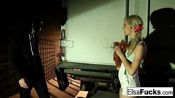Teen Elsa Jean fucks a masked stranger in an alleyway