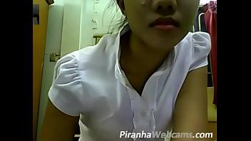 Pretty Teen Pussy Webcam Masturbation