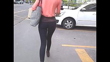 Nice ASSets: hot slim girl on leggings