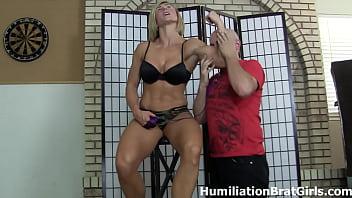 Slave Worships Goddess Rapture's Muscles