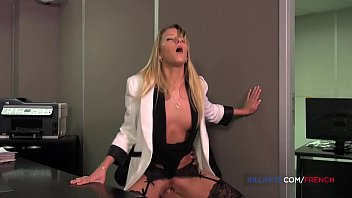 French blond Kelly Pix take it all in the ass