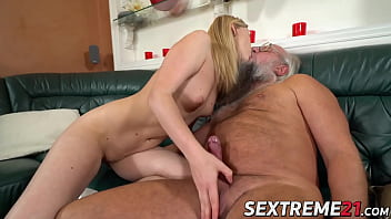 Make him cum faster - Teen kiara night rides old cock and receives cum in mouth