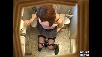 ルミさん(20歳・飲食業店員) ~採尿~ 婦人科診察のすべてFile01-B