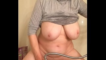 62 year old grandma huge tits masturbating Vorschaubild