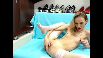 Solo blondie webcam inthemood4u