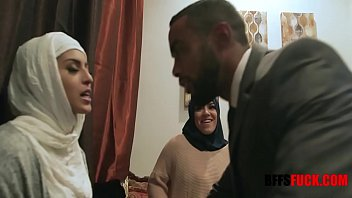Muslim Arab Girls Fucking With Hijab Before Marriage 8 min