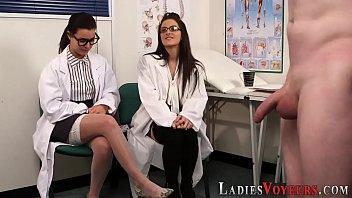 Cfnm femdom doctors watch 6分钟