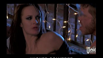 Sex starved brunette Alektra Blue has rough-sex in a back alley