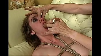 Breath Training Nosehold humiliation slut BDSM Bondage Slave pig Lesbian