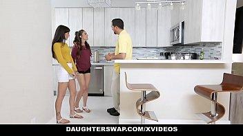 DaughterSwap - Horny Teen Besties (Kitty Carrera) (Sofie Reyez) Fuck Eachothers Dads