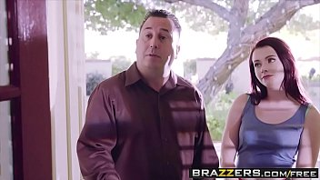 Brazzers - Teens Like It Big - (Karlie Brooks) - Doing The Dishes - Trailer