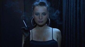 Amateur Smoking Mistress