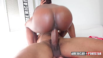 Chocolate Spinner Massive Meat Ride porno izle