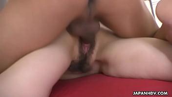 Japanese housewife, Noeru Mitsushima is dating and fucking men, uncensored 64秒