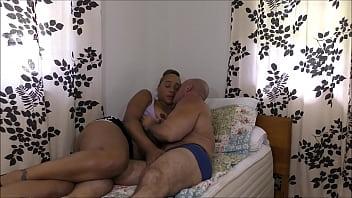 Kissing Kendra Allure