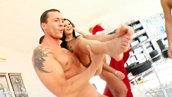 Kyra steele facial abuse - Lulu getting a christmas facial blowbang with a group of guys on cum for cover