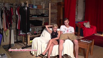 Czech amateur girl masturbates her pussy at the casting