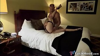 Sexy Blonde Cheater Wife Hooks Up With Local Fuckbuddy