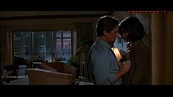 Jeanne Tripplehorn rough sex with Michael Douglas from Basic Instinct