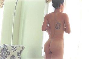Zensation Massage: Diana Grace orgasms on Laz Fyre's cock