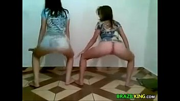 Sinde caesar nude Cute brazilian girls twerking at home