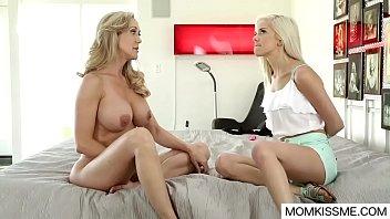 Stepdaughter watch mom masturbating