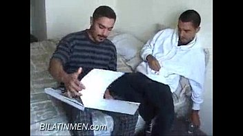 Mature gay latinos - Latinos curioseando