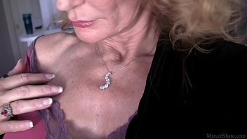 Mature granny phonesex - Cool granny solo action in fullhd